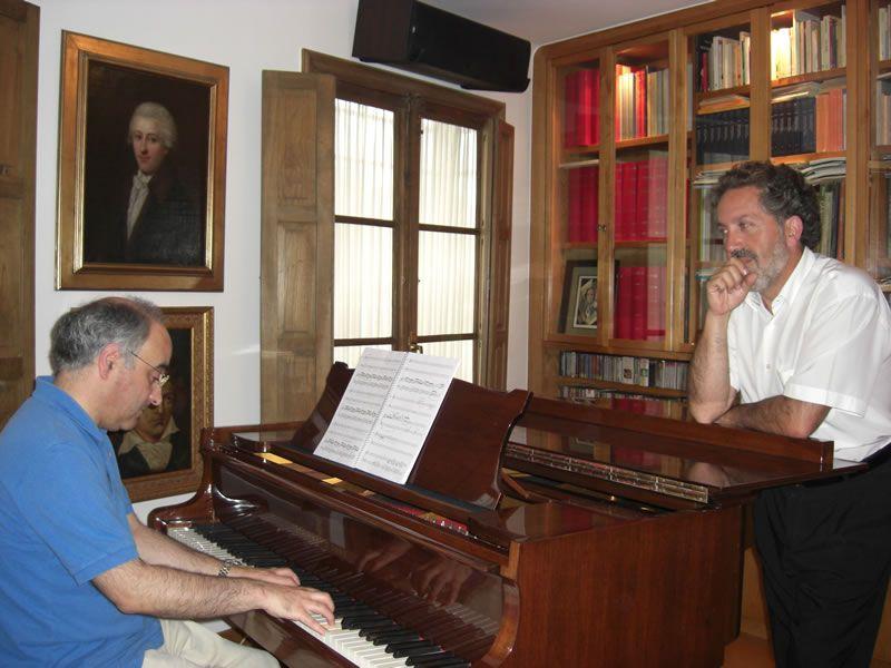 2007. Co Mestre Maximino Zumalave, preparando a ópera O Arame