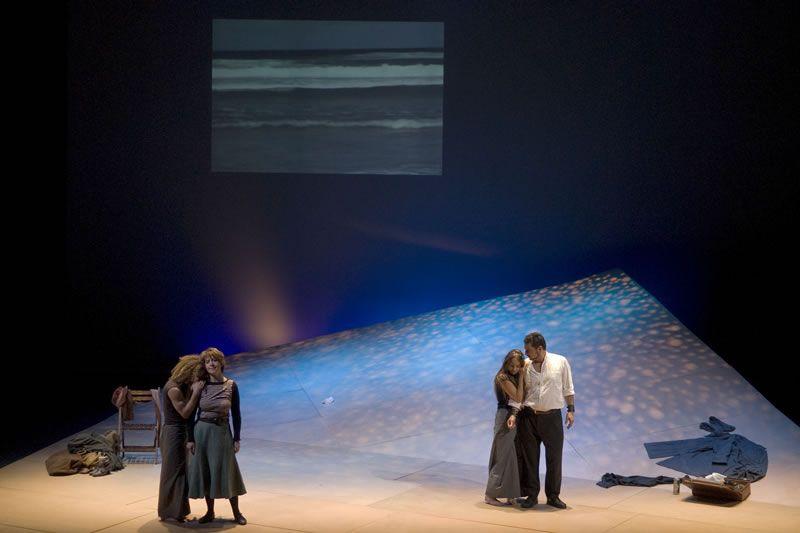 2008. Carmen Durán, Caterina Varela, Alexis Fernández e Javier Franco en O Arame (Fotografía de Miguel Angel Fernández)
