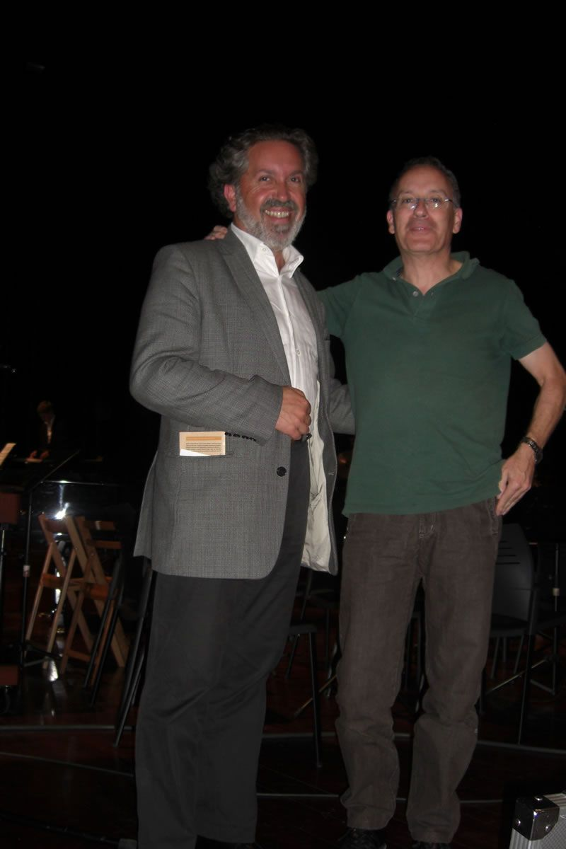 2009. Co músico e técnico de son Pablo Barreiro