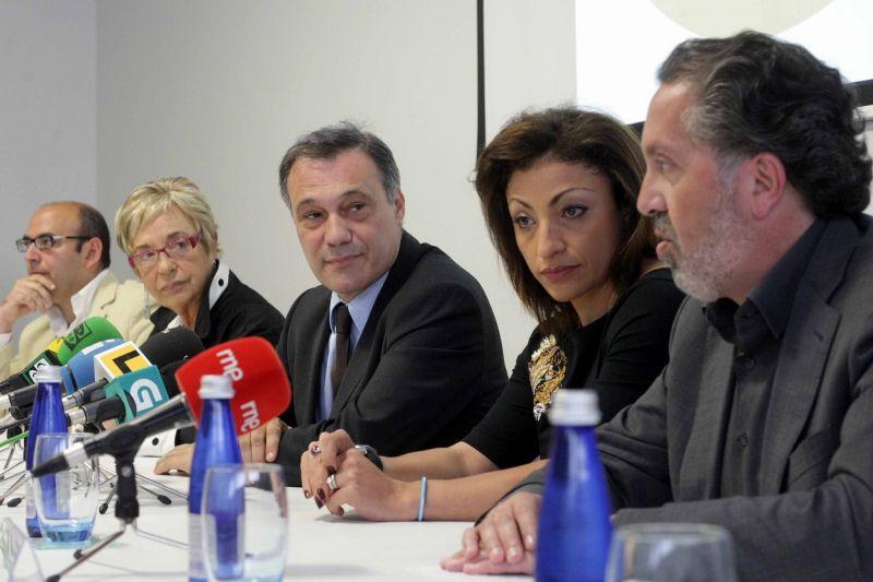 2010. Con Cristina Gallardo, Rosalía Mera, Roberto Varela e César Wonemburger na presentación do Cd LELA