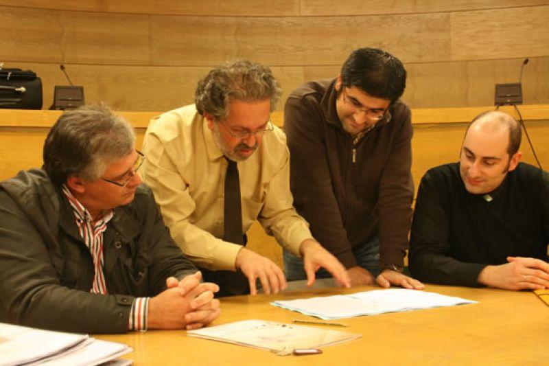 2011. Nunha sesión do xurado de composición, organizado pola Federación Galega de Bandas Populares, con Xosé Carlos Seráns, Rafael Collazo e Juan Eiras