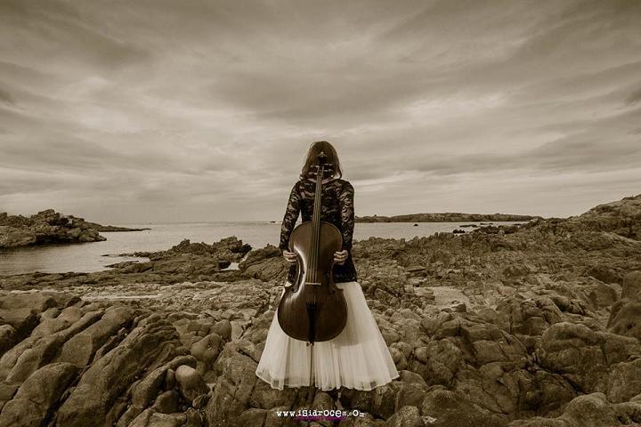 A Sonata de Violoncello e piano de J. Durán no CGAC, con Emma Urango ao cello