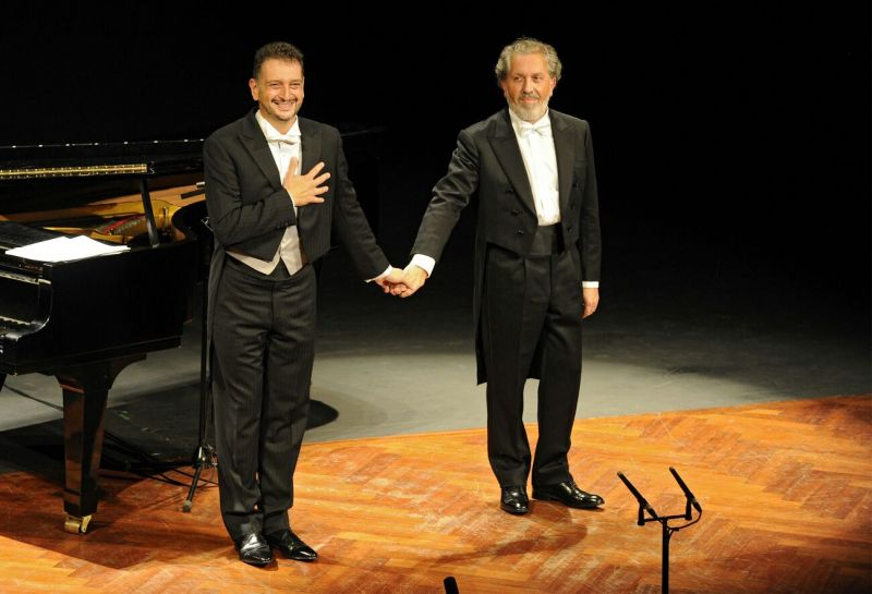 2016. Co barítono Javier Franco, no Teatro Rosalía Castro da Coruña. Temporada de Ópera.
